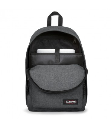 PLECAK EASTPAK OUT OF OFFICE BLACK DENIM